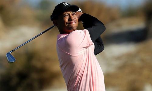 Tiger Woods chơi không tốt ở vòng mở màn Hero World Challenge. Ảnh: Golf.com.