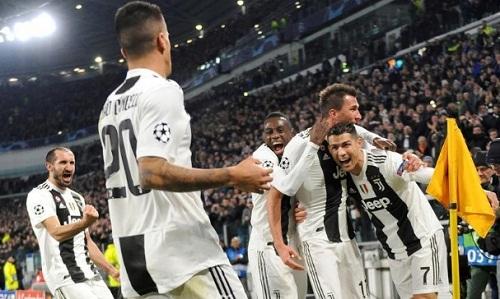 Ronaldo đã ghi 10 bàn cho Juventus tại Serie A mùa này. Ảnh: Reuters.