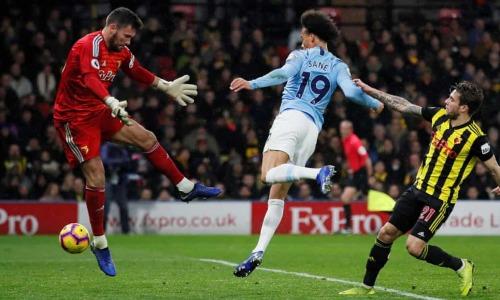Sane ghi bàn thắng mở tỷ số bằng ngực. Tiền vệ người Đức ghi sáu bàn và có năm pha kiến tạo sau 11 trận đá chính cho Man City mùa này. Ảnh:Reuters.