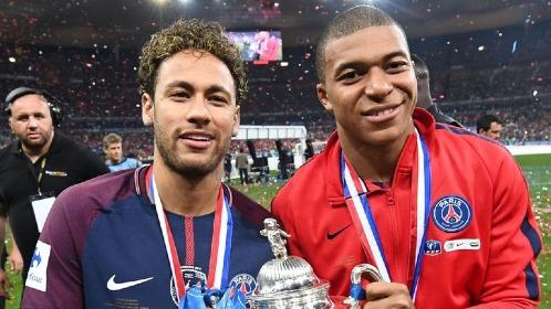 Neymar và Mbappe cần gây ấn tượng ở Champions League bởi các danh hiệu ở nước Pháp không có nhiều giá trị khi PSG quá mạnh so với phần còn lại. Ảnh:AFP.