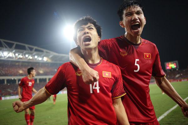 Công Phượng ghi bàn thắng thứ ba tại AFF Cup 2018. Ảnh:Đức Đồng.