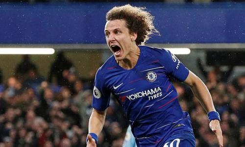 David Luiz để lại dấu ấn ở cả hai bàn thắng. Ảnh: Reuters.