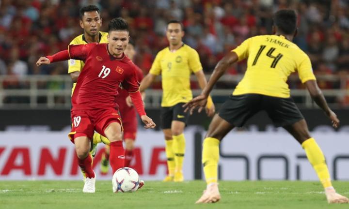Việt Nam thắng Malaysia ở vòng bảng tại Mỹ Đình, nhưng trước mắt Quang Hải và đồng đội là sân Bukit Jalil sẽ không có ghế trống. Ảnh: Đức Đồng.