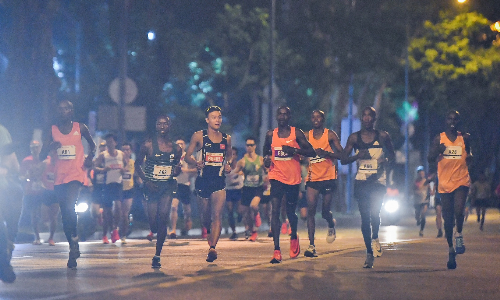 hinh-anh-dep-tai-giai-marathon-quoc-te-tp-hcm
