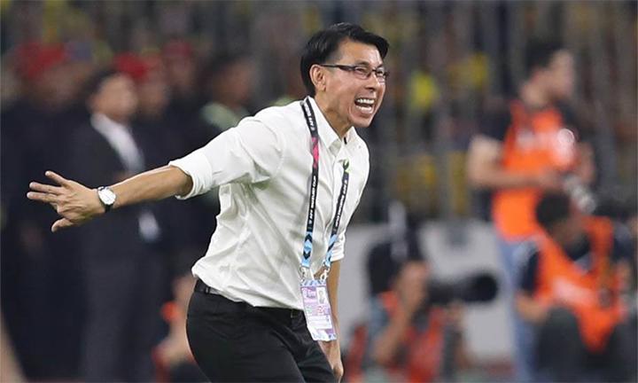 HLV Tan Cheng Hoe đánh giá cao cách Malaysia ngược dòng, gỡ hoà 2-2 sau khi sớm thủng lưới hai bàn. Ảnh: Đức Đồng.