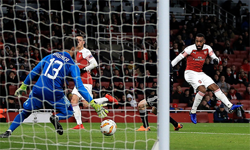 arsenal-di-tiep-o-europa-league-voi-tu-cach-nhat-bang