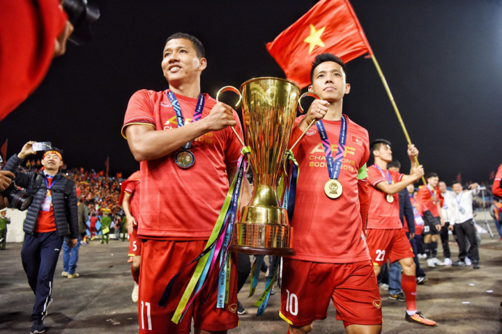 Anh Đức có sự trở lại muộn màng nhưng ngọt ngào trong màu áo tuyển quốc gia. Ảnh: Lâm Đồng.