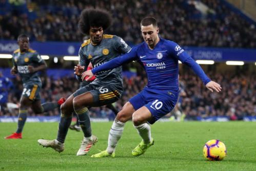 Sau nhiều trận liền tỏa sáng, Hazard im tiếng khiến Chelsea bại trận ngay trên sân nhà. Ảnh: Reuters.
