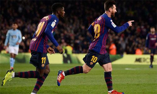 Dembele ngày một trưởng thành bên cạnh đàn anh Messi. Ảnh: Marca