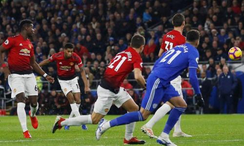 Bàn thắng khiến người hâm mộ nhớ đến những cú đá phạt của Cristiano Ronaldo. Ảnh: Reuters.