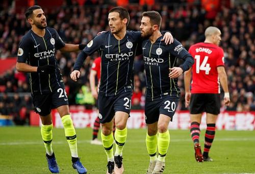 Man City vượt Tottenahm để tiếp tục bám đuổi Liverpool. Ảnh: Reuters.