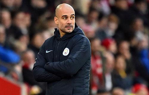 Man City của Guardiola phát triển mạnh mẽ trong một thập niên qua nhờ túi tiền từ các ông chủ Ả-rập. Ảnh: EPA.