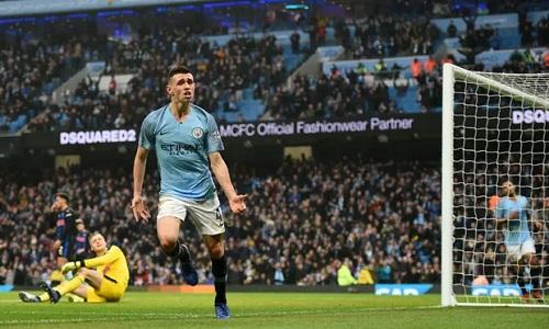 Foden tiếp tục để lại dấu ấn khi được Guardiola trao cơ hội. Tiền vệ này được đánh giá là một trong những tài năng trẻ sáng giá nhất của bóng đá Anh. Ảnh: AFP.