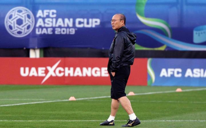 HLV Park Hang-seo thừa nhận Asian Cup ở đẳng cấp cao hơn hẳn so với những đấu trường đã qua. Ảnh: VFF.