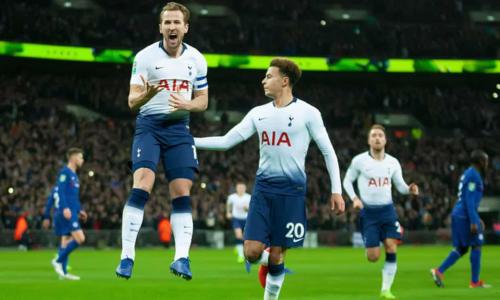Kane đi vào lịch sử Tottenham khi mới 25 tuổi. Ảnh:Rex.