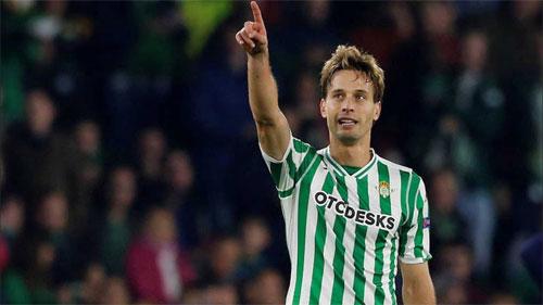 Betis suýt giành điểm với pha gỡ hòa của Canales.