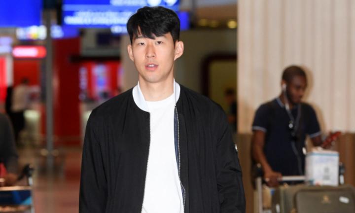 Son Heung-min được săn đón khi hội quân cùng Hàn Quốc - ảnh 1