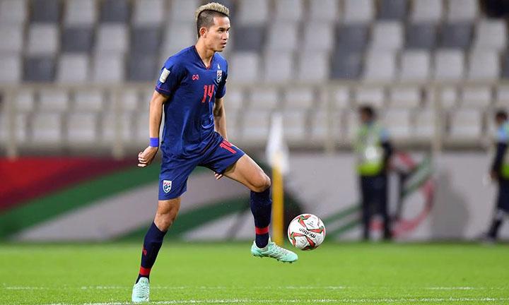 Sanrawat là trụ cột của đội tuyển Thái Lan ở AFF Cup 2018. Ảnh: FAT.