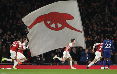 Arsenal giành chiến thắng có lẽ là dễ dàng nhất trong nhiều năm qua trước Chelsea.