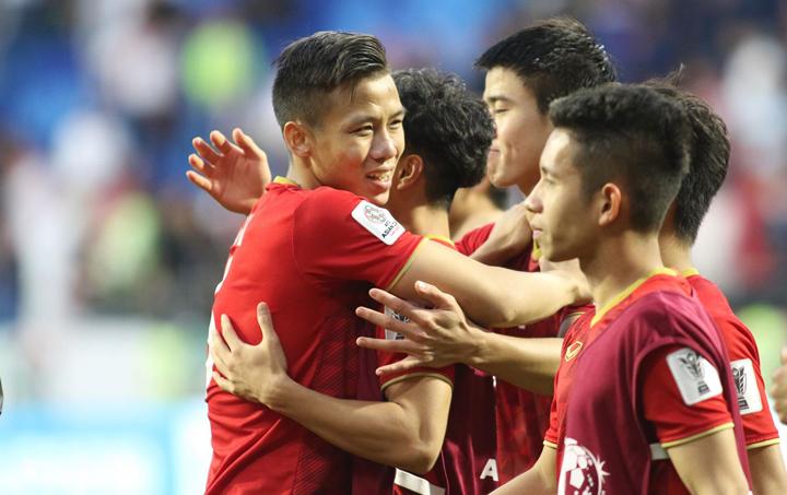 Tại tứ kết, Việt Nam sẽ gặp đội thắng trong cặp đấu giữa Nhật Bản và Ả Rập Xê-út. Ảnh: Anh Khoa