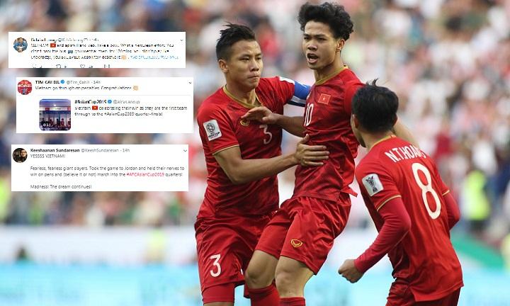 Các chuyên gia ấn tượng trước màn thể hiện của tuyển Việt Nam. Ảnh: Anh Khoa, Twitter.