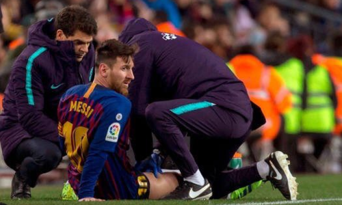 Messi chỉ