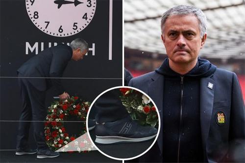 Trang phục của Mourinho hôm 6/2/2018. Ảnh: The Sun.