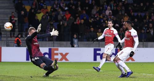 Arsenal đã khởi đầu ấn tượng, nhưng dần đánh mất sự sáng tạo và khả năng gây đột biến.