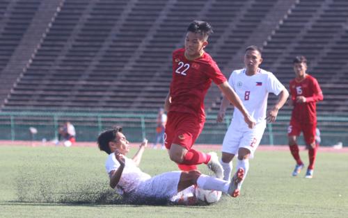 Việt Nam gặp nhiều khó khăn, dù Philippines là đối thủ bị đánh giá thấp hơn. Ảnh: Anh Lê.