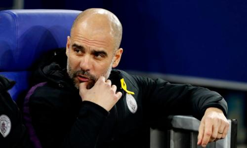 Guardiola không hài lòng khi Man City thua hai bàn từ chấm phạt đền. Ảnh: AFP.