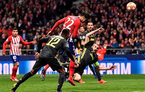 Pha làm bàn không được công nhận vì VAR của Morata.