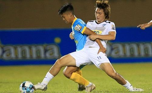 Tuấn Anh đá chính trong trận ra quân V-League 2019, giúp HAGL thắng Khánh Hòa 4-1. Ảnh: HAGL FC.