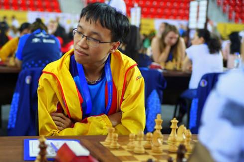 Việt Nam thường đứng ngoài top 30 thế giới, nhưng ba lần vào top 10 Olympiad cờ vua. Ảnh: BCO.