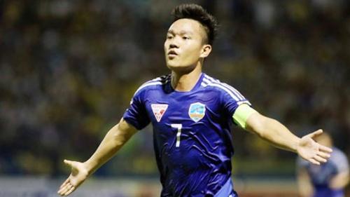 Thanh Trung giúp Quảng Nam giành điểm đầu tiên ở V-League 2019.