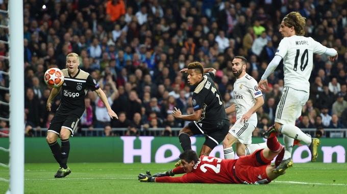 Bernabeu - ác mộng sân nhà với Real mùa này