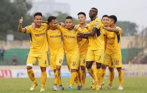 SLNA đang bay cao ở V-League với hai trận thắng và một trận hòa sau ba vòng đấu. Ảnh: Trần Trung