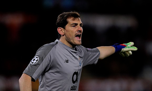 casillas-vuot-ronaldo-ve-ky-luc-thang-tran-o-champions-league