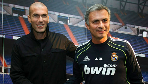 Zidane và Mourinho khi còn ở Real. Ảnh: AFP.