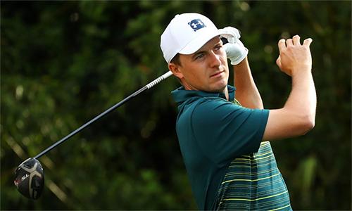 Spieth trở lại ấn tượng bằng bảy birdie ở vòng hai The Players, nhưng không đủ để sửa chữa sai lầm ở vòng một. Ảnh: Golf Digest.