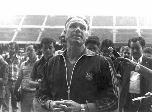 HLV hay nhất lịch sử Rinus Michel là người mở ra thành công cho bóng đá Hà Lan.