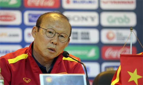 Thầy Park gay gắt trước các ý kiến chỉ trích phong độ của Quang Hải. Ảnh: Lâm Thỏa.