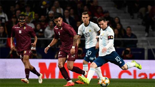 Messi chưa có được đội tuyển đủ mạnh để chơi hiệu quả nhất.