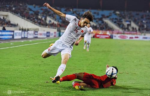 Với đội hình nhiều cầu thủ trẻ, chưa được cọ xát nhiều, Việt Nam rất vất vả trước Indonesia. Ảnh: Giang Huy.