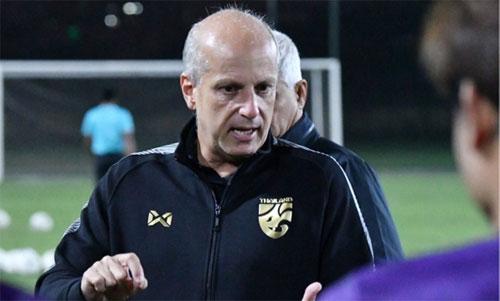 HLV người Brazil, Gama từng có nhiều năm làm việc với bóng đá châu Á.