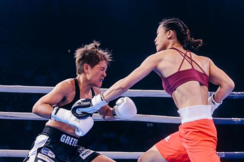 Nguyễn Thị Tâm chứng tỏ đẳng cấp tay đấm nữ tầm cỡ châu lục trước De Paz.