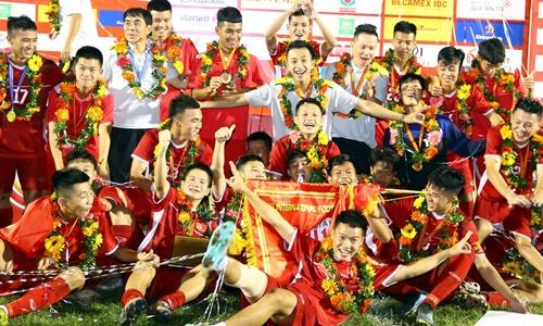 Việt Nam lên ngôivô địch một cách xứng đáng.