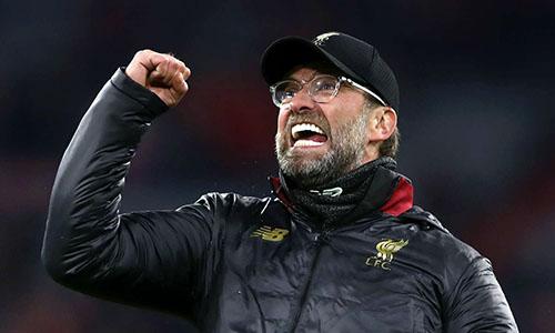 Klopp đang gánh trên vai khao khát vô địch nước Anh kéo dài suốt gần ba thập niên của Liverpool. Ảnh: PA.