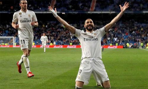 Benzema đi vào lịch sử La Liga. Ảnh: Marca