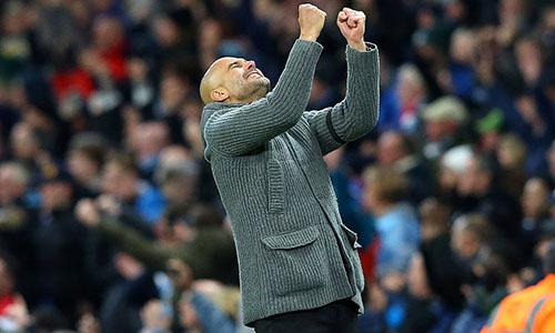 Guardiola vui mừng trước chiến thắng. Ảnh: EPA.