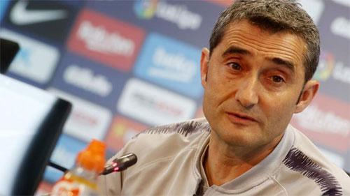 Valverde sẽ không chia sẻ lực lượng dù tuần sau sẽ gặp Man Utd.